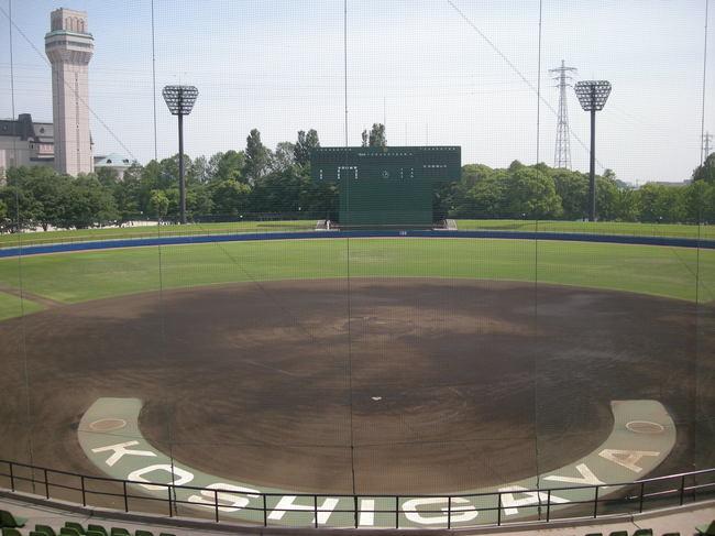 市民球場(埼玉県越谷市)